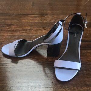NWOT F21 periwinkle and black block heel